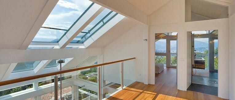 Fenster und Dachfenster von hochwertigen Lieferanten